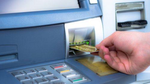 Cara Mengatasi Kartu ATM Tertelan dan Uang Tidak Keluar